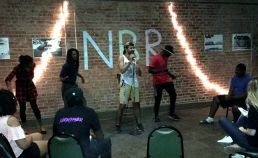"""Calvin Johnson performs """"Love on the Brain"""" at open mic night. Photo by Hannah Onder"""